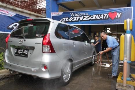 24-02-Toyota Avanzanation 2013
