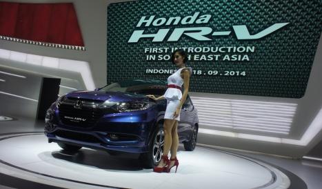 06-03-2015-Honda_HRV_01