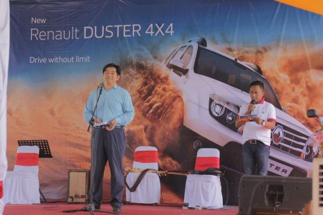 10-06-2015-Renault_Duster_01