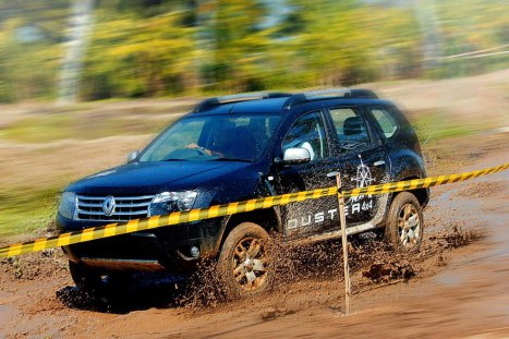 10-06-2015-Renault_Duster_05