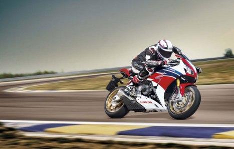 11-06-2015-Honda-CBR1000RR