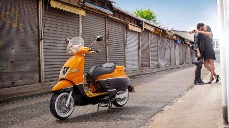 01072015-Moto-Peugeot_Django_03
