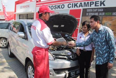 14072015-Car-Toyota_Posko_Lebaran_02