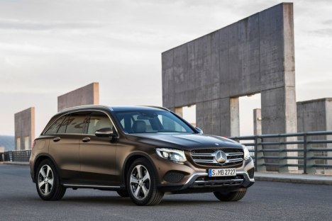 04082015-Car-Mercedes-Benz-GLC_2016