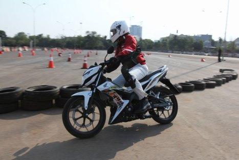 05082015-Moto-Honda_Sonic
