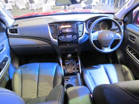 10082015-Car-Mitsubishi_Triton_04