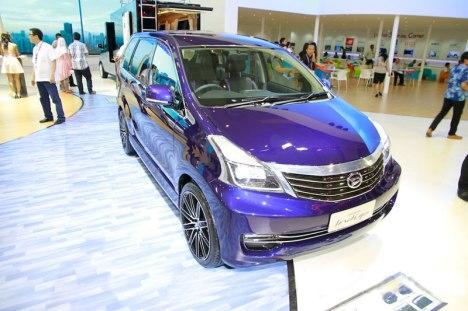 12082015-Car-Daihatsu-Xenia-Indigo