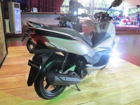 27022016-Moto-Honda-PCX150_03