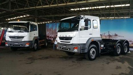 01032016-Car-KTB-Traktor-Head_03