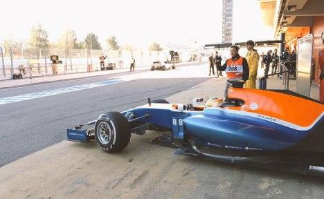 (Foto-foto: Manor Racing dan ScarbsF1)