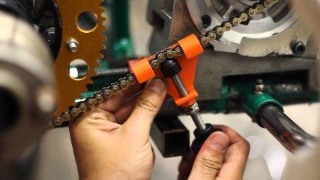 01042016-Moto-Chain-Mongkey