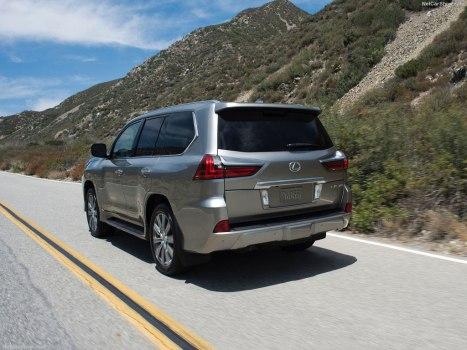 02032016-Car-Lexus-LX570_14