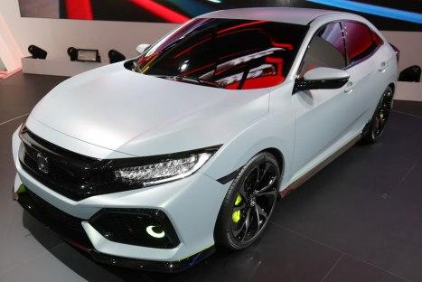 03032016-Car-Honda-Civic-Hatchback_01