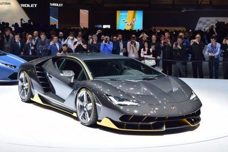04032016-Car-Lamborghini-Centario_07