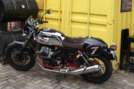 10032016-Moto-Guzzi-V7II_Racer_25