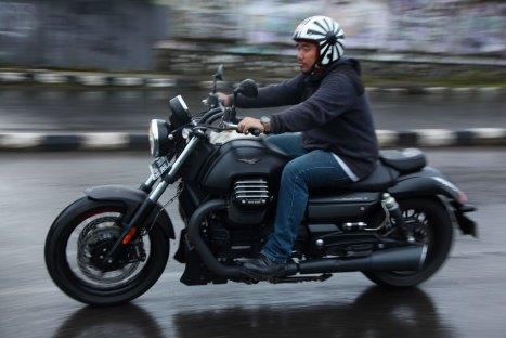 10032016-Moto-Moto-Guzzi-Audace_03