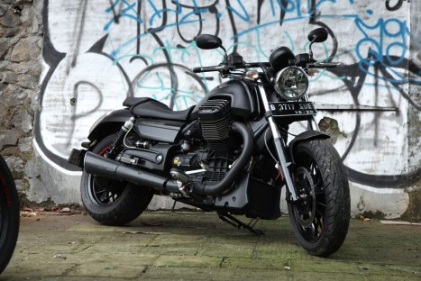 10032016-Moto-Moto-Guzzi-Audace_05
