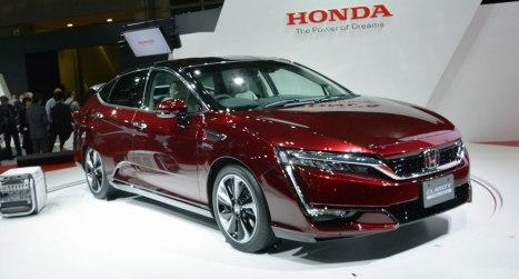 11032016-Car-Honda-Clarity-FCV