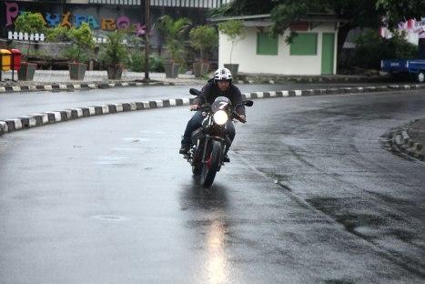12032016-Moto-Guzzi-V7II_Racer_03