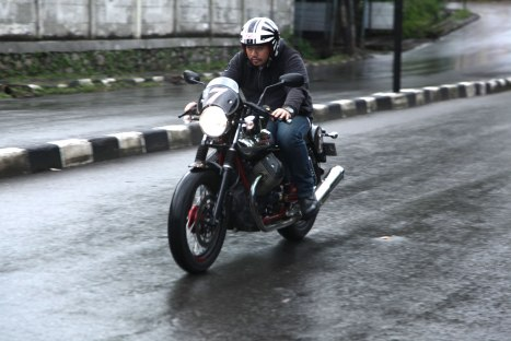 12032016-Moto-Guzzi-V7II_Racer_05