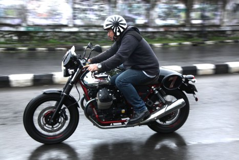 12032016-Moto-Guzzi-V7II_Racer_06