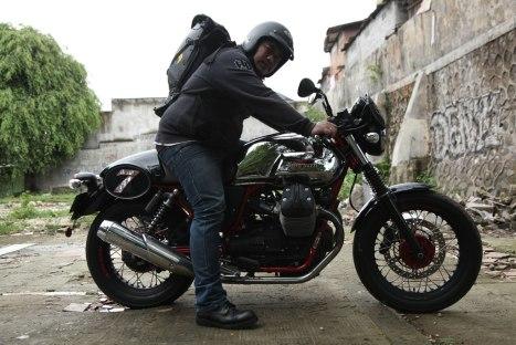 12032016-Moto-Guzzi-V7II_Racer_07