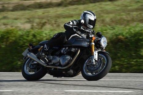12032016-Moto-Triumph-Thruxton_01