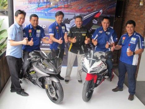 16032016-Moto-Yamaha-R15-SE_01