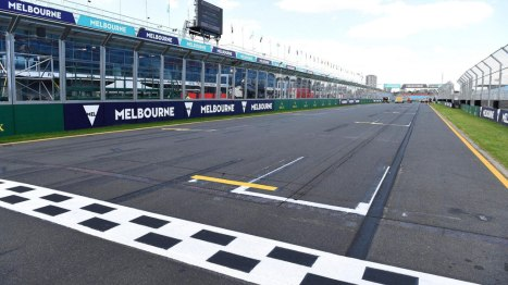 17032016-Car-F1-Melbourne_01