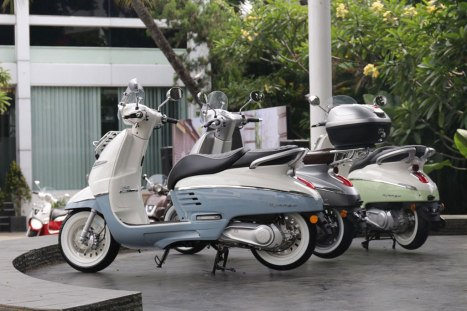 20032016-Moto-Peugeot-Scooter_03