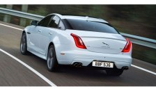 21032016-Car-Jaguar-XJ_03