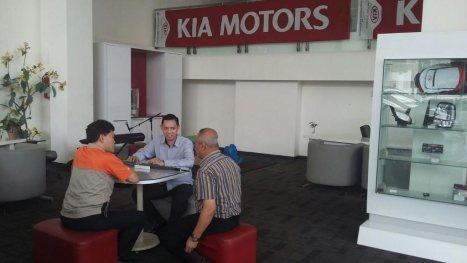 25032016-Car-Kia-Service_01