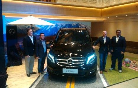 30032016-Car-Mercedes-Benz-V-Class_01