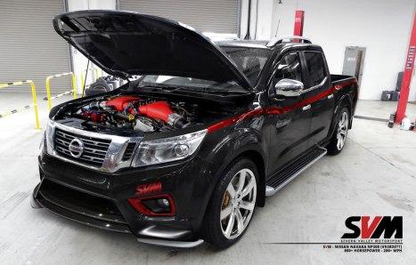 31032016-Car-Nissan-Navara-GT-R