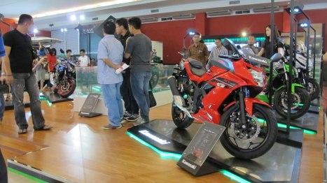 09042016-Moto-Kawasaki-IIMS