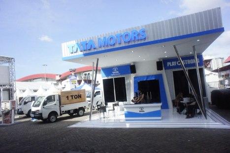 10042016-Car-Tata-IIMS2016_02