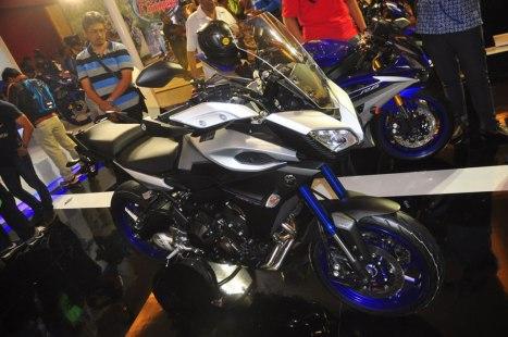 10042016-Moto-Yamaha-MT09-Tracer