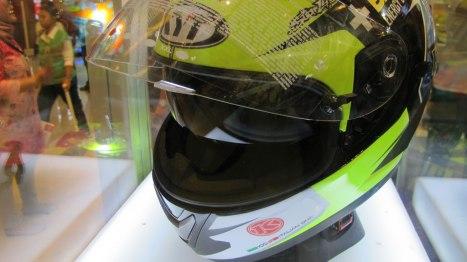 12042016-Moto-KYT-Espargaro