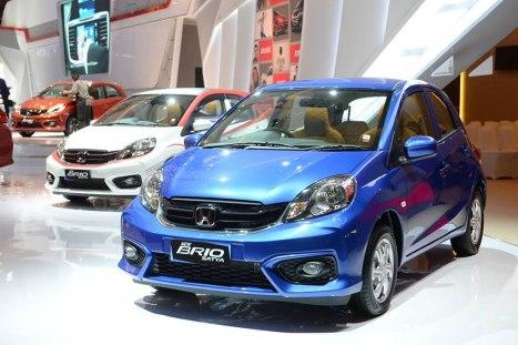 13042016-Car-Honda-Brio-Satya