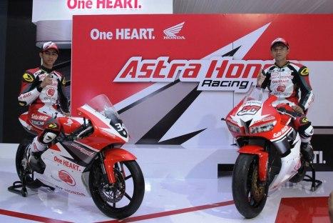13042016-Moto-AHM-Gilang-Ekky