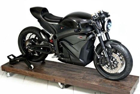 14042016-Moto-Zero-Black-Stealth-Naked_01