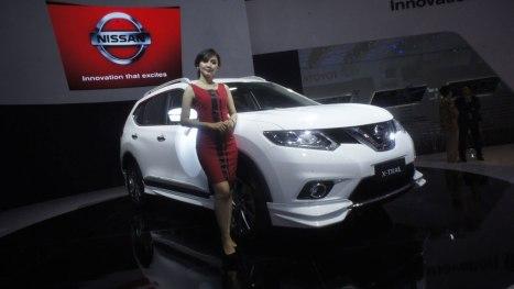 18042016-Car-Nissan-IIMS2016