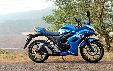2204026-Moto-Suzuki-Gixxer