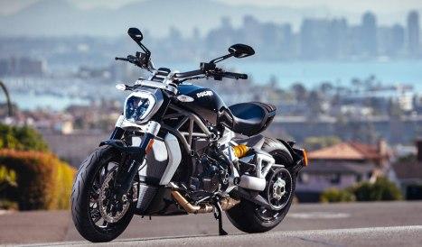 26042016-Moto-Ducati-XDiavel-2016