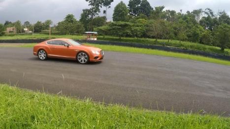 29042016-Car-Bentley-Continental-GTV8S_05
