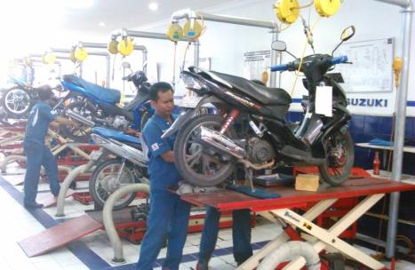 16052016-Moto-Suzuki-Satria