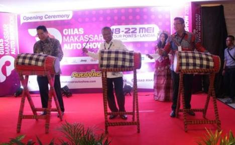 18052016-Car-GIIAS-Makassar