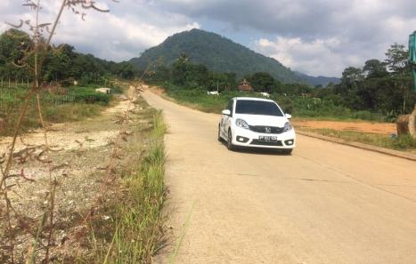 03062016-Car-Honda-Brio_02
