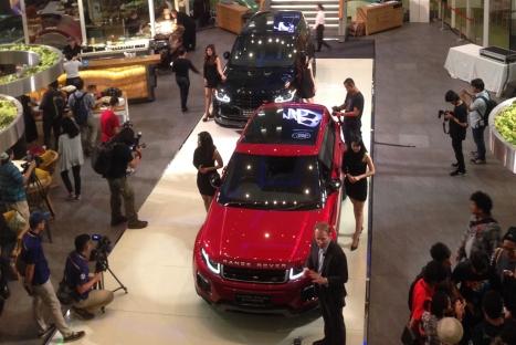 03062016-Car-Range-Rover